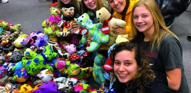 News:  School clubs give back to community during holidays
